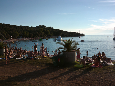 Dimensions festival 2014 Reporting Report Dure Vie  copie
