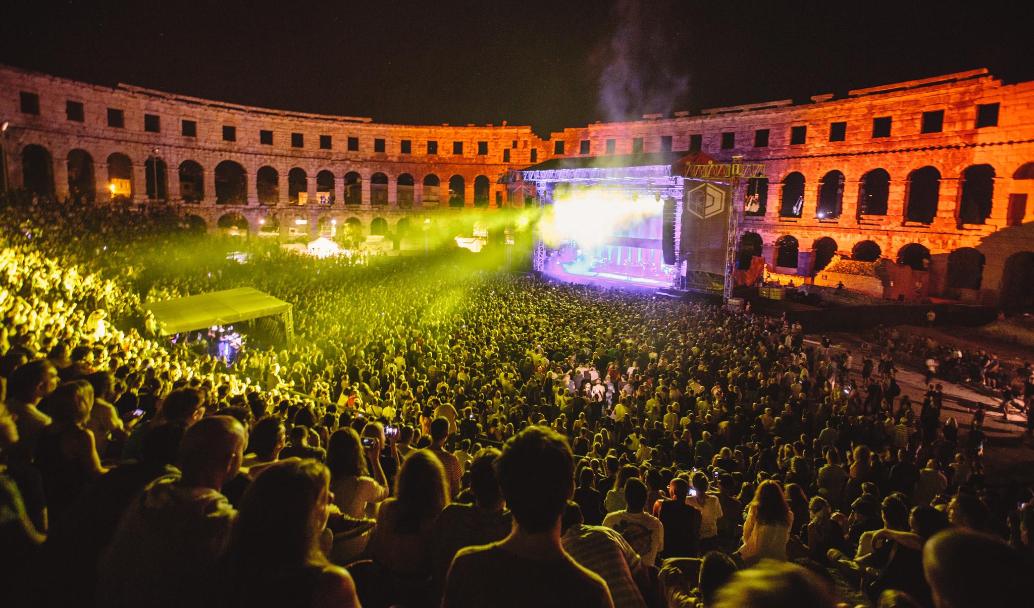 dimensions-festival-soundcloud-dure-vie-hard-life